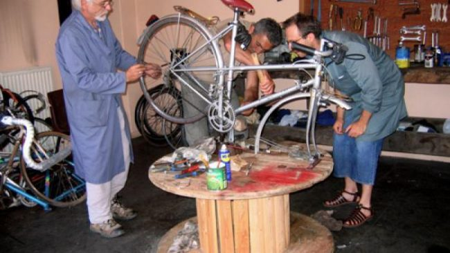 Infirmerie du vélo et recyclage