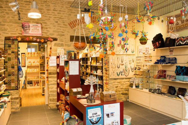 Artisans du Monde vous ouvre ses portes à  Saint Jean de Maurienne