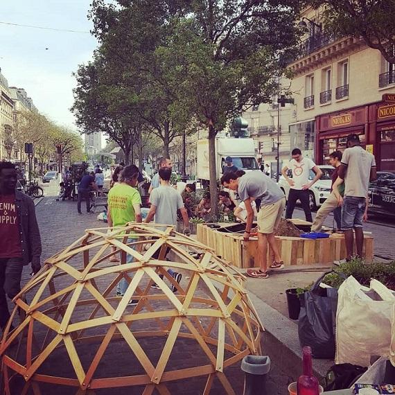 Aux arbres citoyens ! Un défi de permaculture urbaine