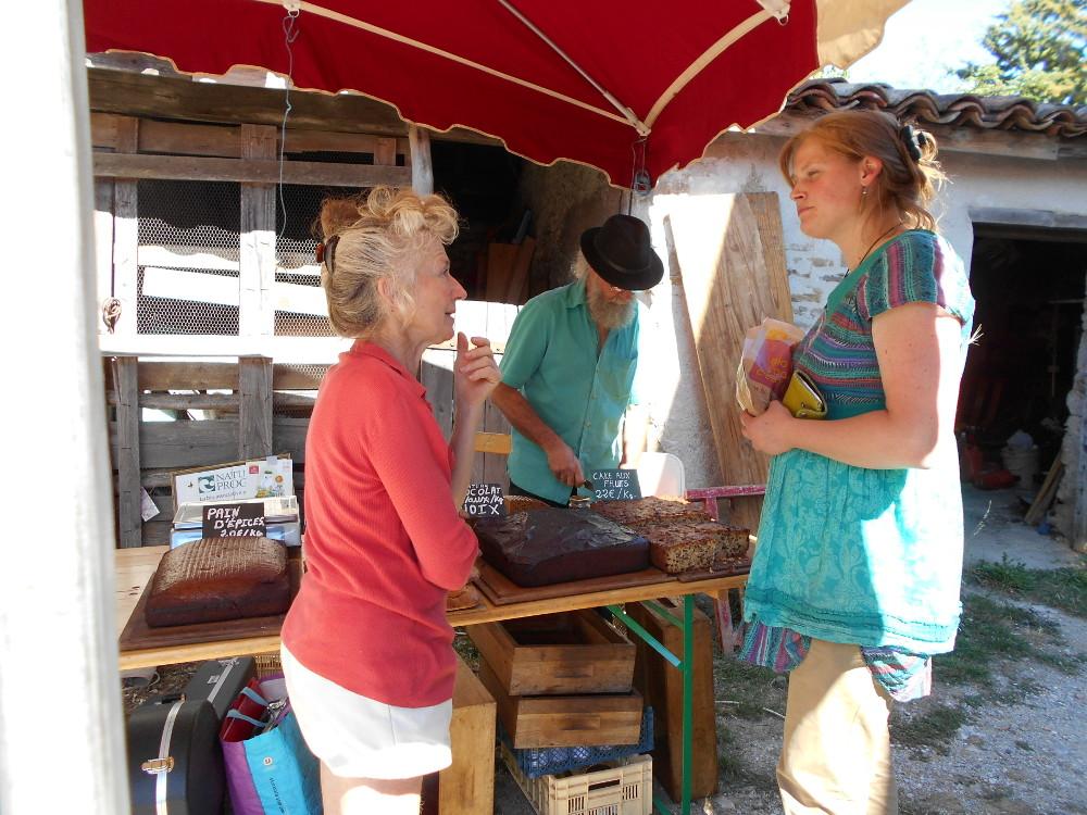 marché gourmand bio à la ferme de Canterate (MONTBEL)