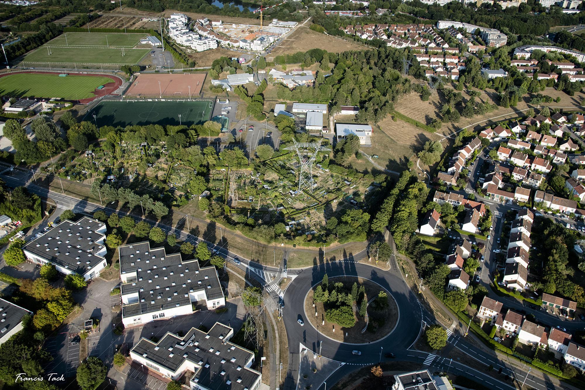 Visite des jardins familiaux des IV arbres d'élancourt (78)